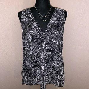 LOFT paisley sleeveless blouse. - Sz M